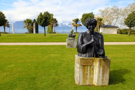 ella: MONTREUX,SWITZERLAND - MAY 09  Bronze Statue to Ella Fitzgerald, created by artist Danielle Lauffer, stands in gardens of the Montreux Palace at May 09, 2013 in Montreux, Switzerland
