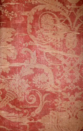 RED WALLPAPER: Vintage red wallpaper with golden shabby fabric victorian pattern