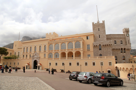 cote d'azure: MONTE CARLO, MONACO - MAY 15, 2013: Prince Palace of Monaco is a popular tourists attractions. Official residence of the Prince of Monaco Editorial