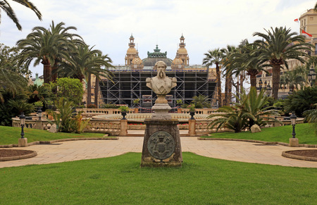 monte carlo: MONTE CARLO, MONACO - MAY 15, 2014: Monument to Francois Blanc in the park near the Monte Carlo Casino.