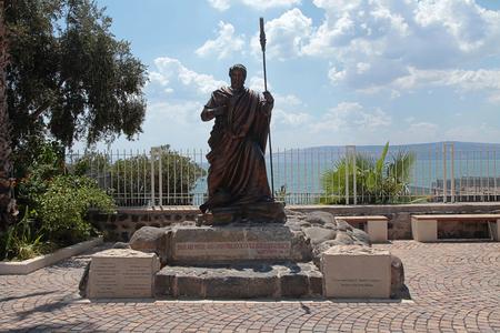 kefar: Statue of apostle Saint Peter in biblical Capernaum on the coast of Galilee sea (Kinnereth), Israel. Horizontal image