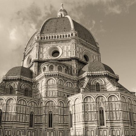 il: Amazing Cathedral of Santa Maria del Fiore (Il Duomo di Firenze), Florence, Italy. The basilica is one of Italys largest churches, . Square monochrom toned image