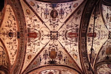 italian fresco: Medieval ceiling fresco in the Palazzo Vecchio, Florence, Italy