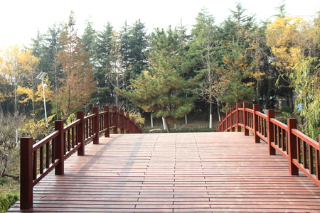 gules: Small wooden bridge
