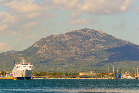 natures: Ship, sea and mountain near an Italian port