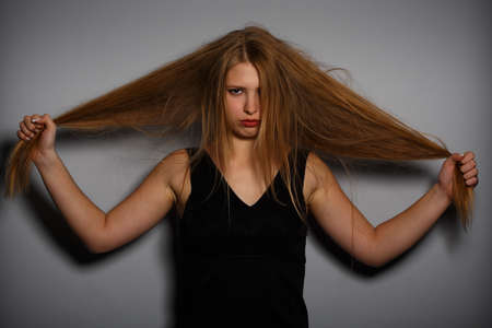 loose hair: