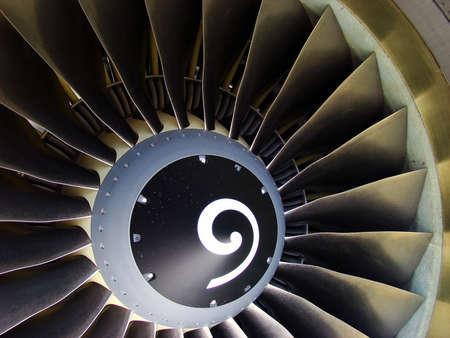 turbofan: Close-up de un motor de jet turboh�lice (avi�n moderno) Foto de archivo