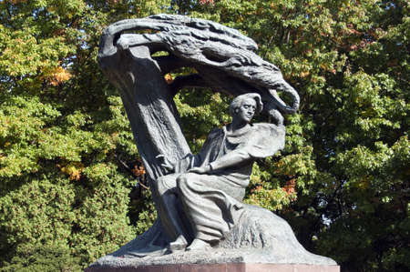 frederic chopin monument: Monument, Frederic Chopin seeking inspiration under a willow tree in Warsaw, Poland.