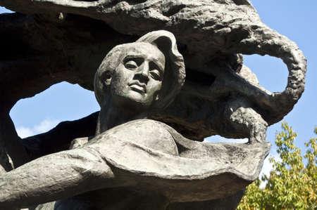 frederic: Monumento, Frederic Chopin, buscando inspiraci�n bajo un �rbol de sauce en Varsovia, Polonia.