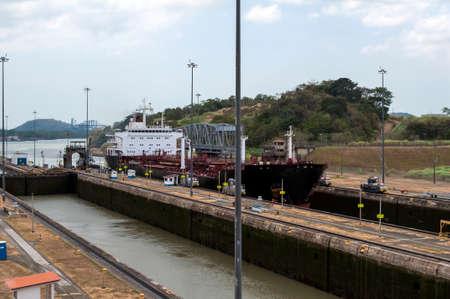 miraflores: Transport ship at the Miraflores locks, Panama Canal, Panama