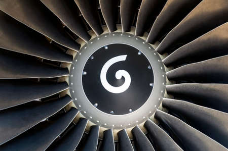 turbofan: Primer plano de un avi�n de turboventilador motor a reacci�n. Foto de archivo