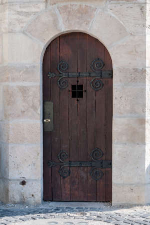 detailed view: Detailed view of a medieval wooden door.