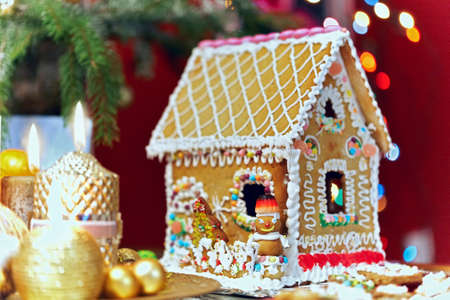 Gingerbread house Stock Photo - 11763164