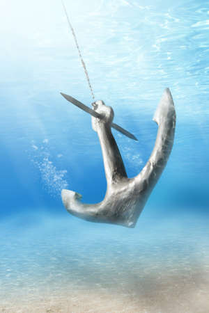 ancla: foto de anclaje ser cesado submarina