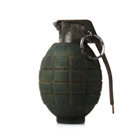 granaat op wit wordt geïsoleerd