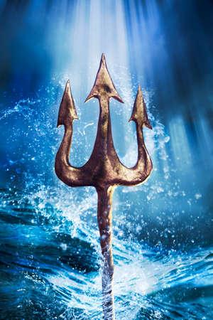 Poseidons Dreizack aus dem Meer, Foto-Verbund