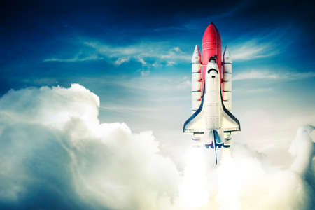 shuttle: Space shuttle opstijgen op een missie