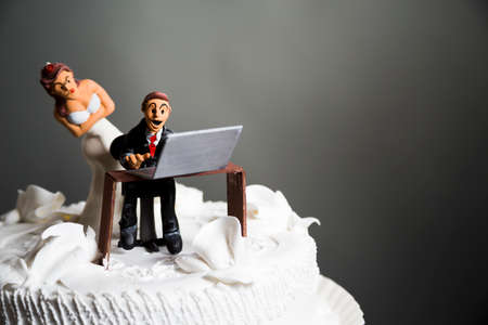 angry bride because her husband doesnt leave the computer alone.