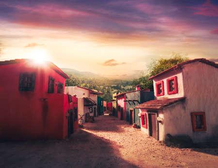 夕暮れ時のメキシコの町のスケール モデル