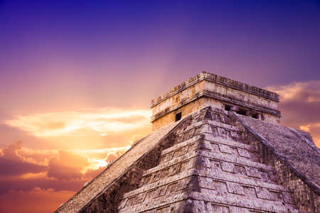 Temple of Kukulkan, pyramid in Chichen Itza, Yucatan, Mexico Stock Photo - 44405682