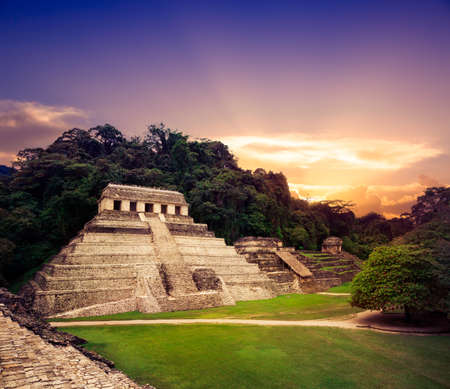 cultura maya: Ruinas de Palenque, ciudad maya en Chiapas, México