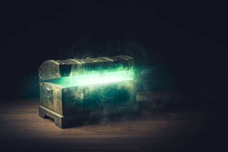 pandoras box with smoke on a wooden background 스톡 콘텐츠