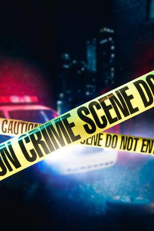samochód policyjny na miejscu zbrodni z taśmą policyjną, obraz o wysokim kontraście Zdjęcie Seryjne