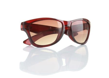 sunglasses: gafas de sol aislado en un fondo blanco
