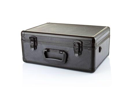 elementos de protección personal: Estuche negro sobre fondo blanco