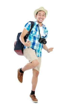 persona viajando: retrato de un turista feliz celebración de unas largas vacaciones