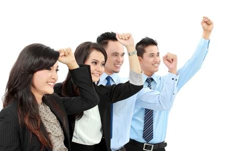 gente celebrando: Emocionado grupo de hombres de negocios que celebran �xito