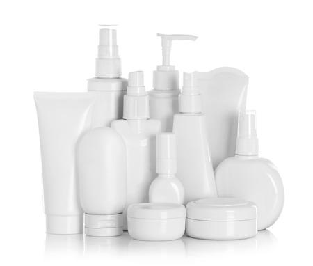 Gel, schuim of zeepdispenser Pomp Plastic fles Wit op een witte achtergrond met reflectie Stockfoto