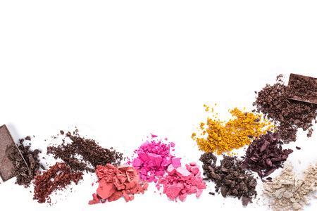 Conjunto de barra de labios Scratch, rubor en polvo y conforman la colección de cosméticos Foto de archivo - 44597841