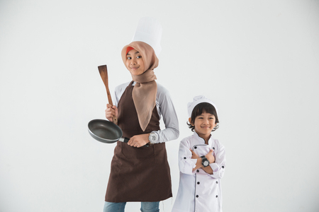 little kid love to cook Imagens - 103121750