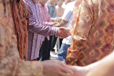 shake hand in muslim celebration Stok Fotoğraf