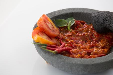 traditionelles indonesisches kulinarisches Essen. Sambal scharfe würzige Sauce