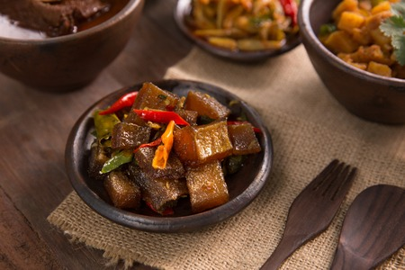 oseng kikil. javanese traditional culinary. beef skin or tendon Stok Fotoğraf