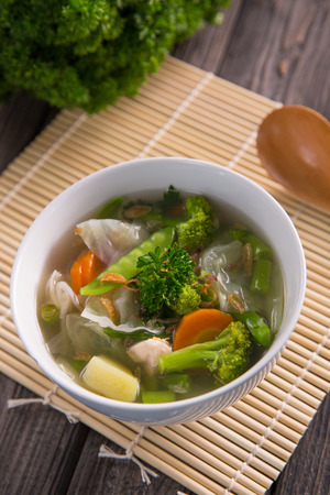 sayur sop or vegetable with chicken soup indonesian culinary Zdjęcie Seryjne