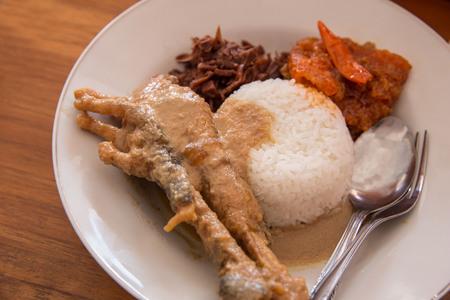 indonesian traditional food, gudeg ceker