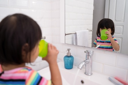 kid wash her mouth or gargle