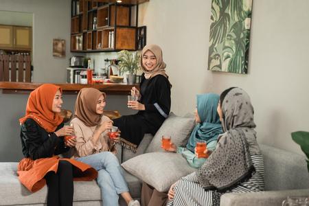 friend break fasting together in ramadan 写真素材