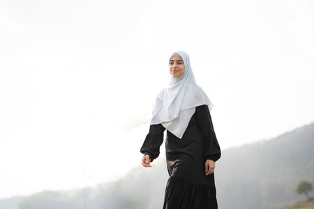 muslim arabic woman at beautiful outdoor 스톡 콘텐츠