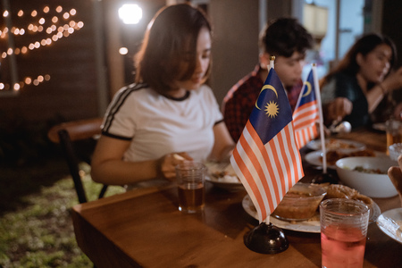 malaysian people enjoy garden party celebrating national malaysia independence day 版權商用圖片