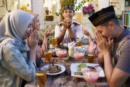 family breaking the fast