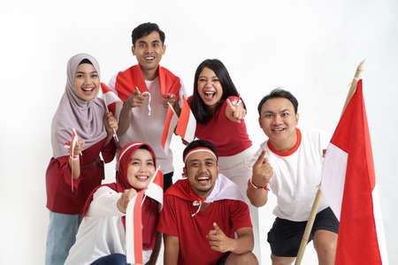 indonesian supporter celebrating victory of indonesia Imagens