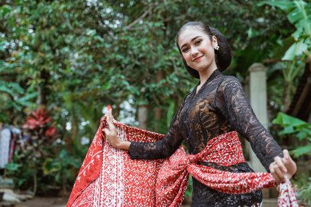 Javanese dancer showing her dancing pose
