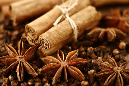 star anise, cinnamon and cloves