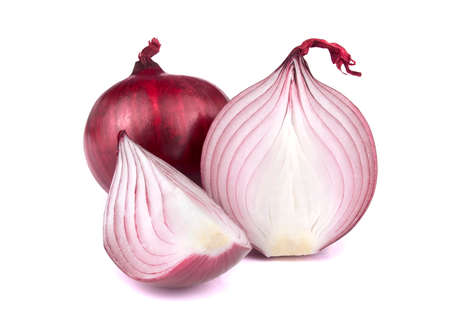 Red onion with sliceds isolated on white background. Healthy superfood Stockfoto