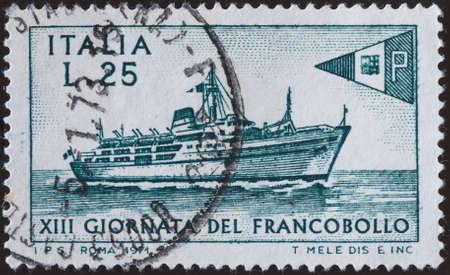 postage stamp - Italy photo