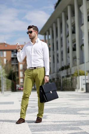 electronic organizer: young businessman